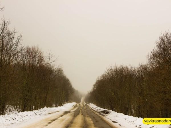 Снежная дорога в Лаго-Наки