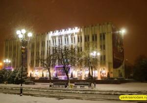 Снег в Краснодаре. Казачий хор